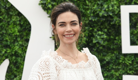 Amelia Heinle announcement donut shop Young and Restless