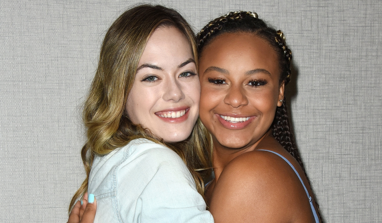 Annika Noelle Nia Sioux Bold and Beautiful fan event