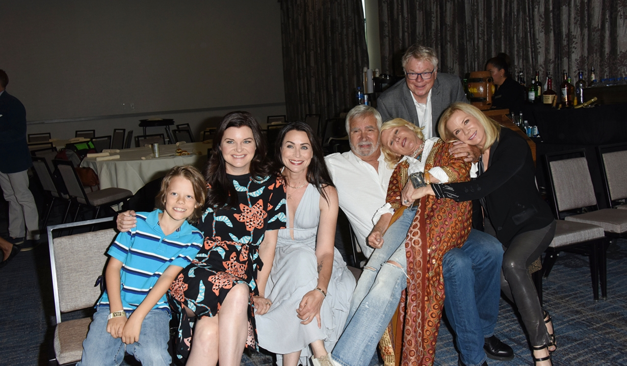 Cast fun bold and beautiful fan event