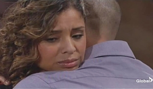 Elena Devon embrace Young and Restless