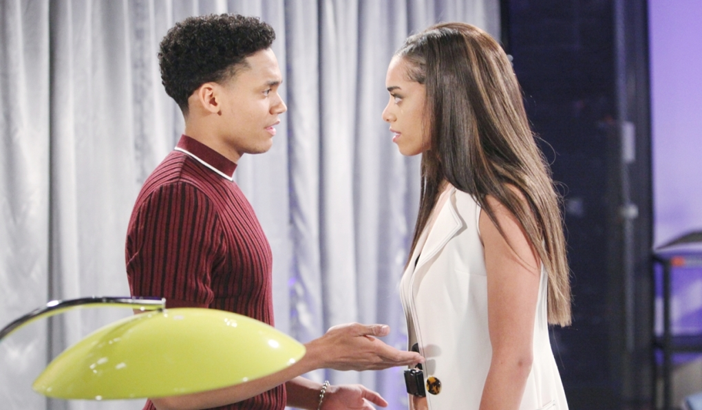 Xander and Zoe debate Bold and Beautiful