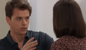 Michael and Willow discuss Shiloh at General Hospital