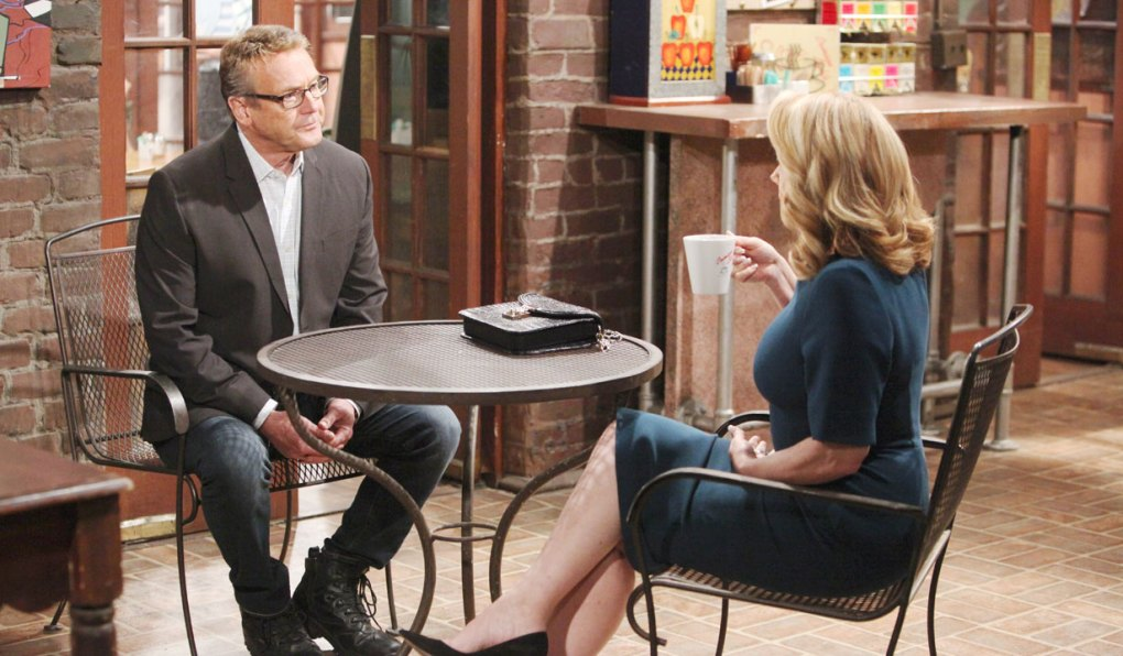 nikki and paul have coffee at crimson lights on young and restless