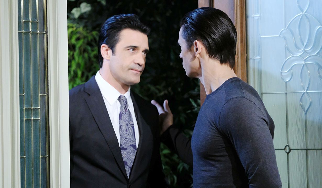 ted xander in doorway days of our lives