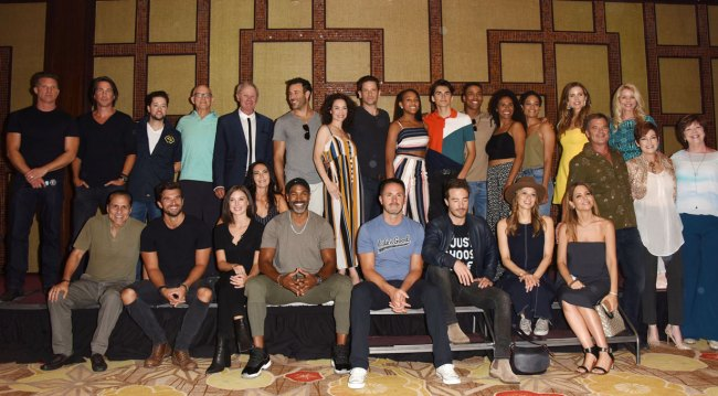 group photo at general hospital fan club weekend