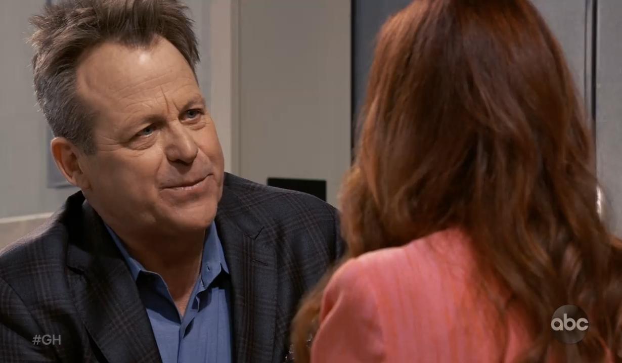 Scott proposes to Bobbie General Hospital