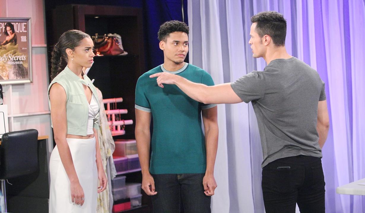 Thomas behaves threateningly toward Zoe and Xander on Bold and Beautiful