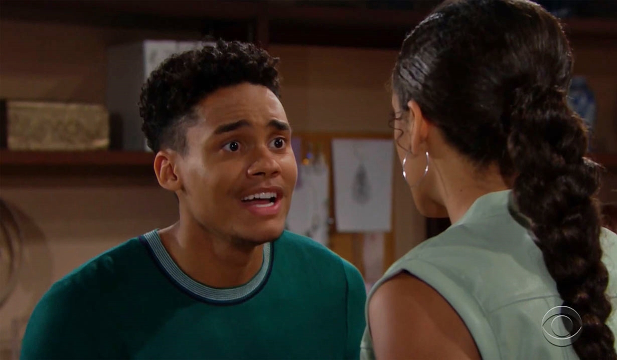Xander argues with Zoe about Thomas on Bold and Beautiful