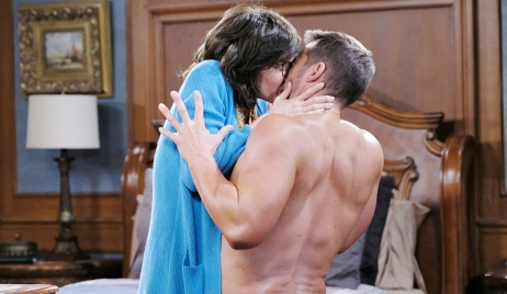 susan kisses brady days of our lives