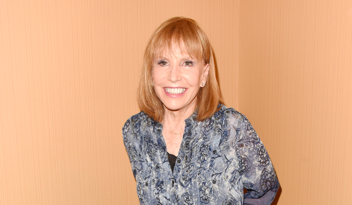 Leslie Charleson of General Hospital had hand surgery