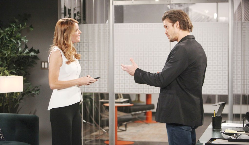 phyllis and theo talk business on young and restless