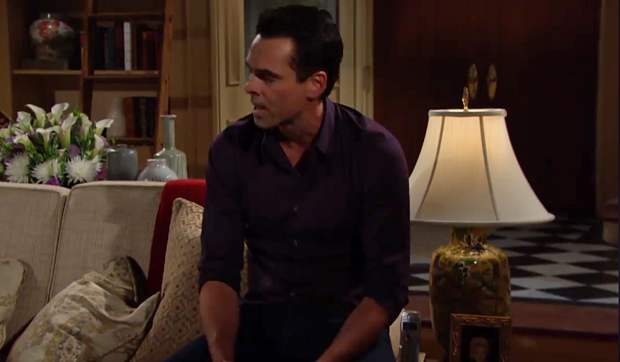 Billy calls out to Delia Young and Restless