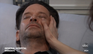 Franco is unconscious General Hospital