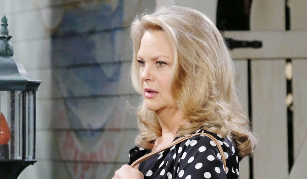 anna makes shocking announcement on days of our lives