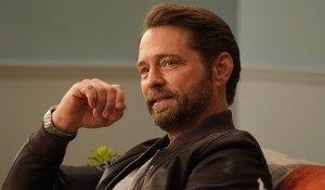 Jason Priestley in therapy on BH90210