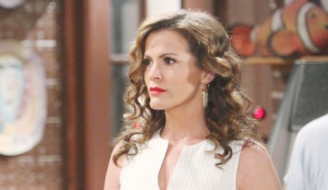 chelsea plans to go on the run on young and restless