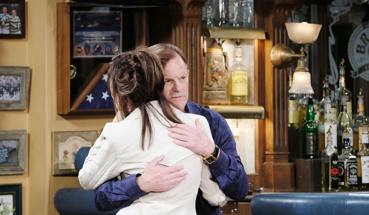 kate and roman hug days of our lives