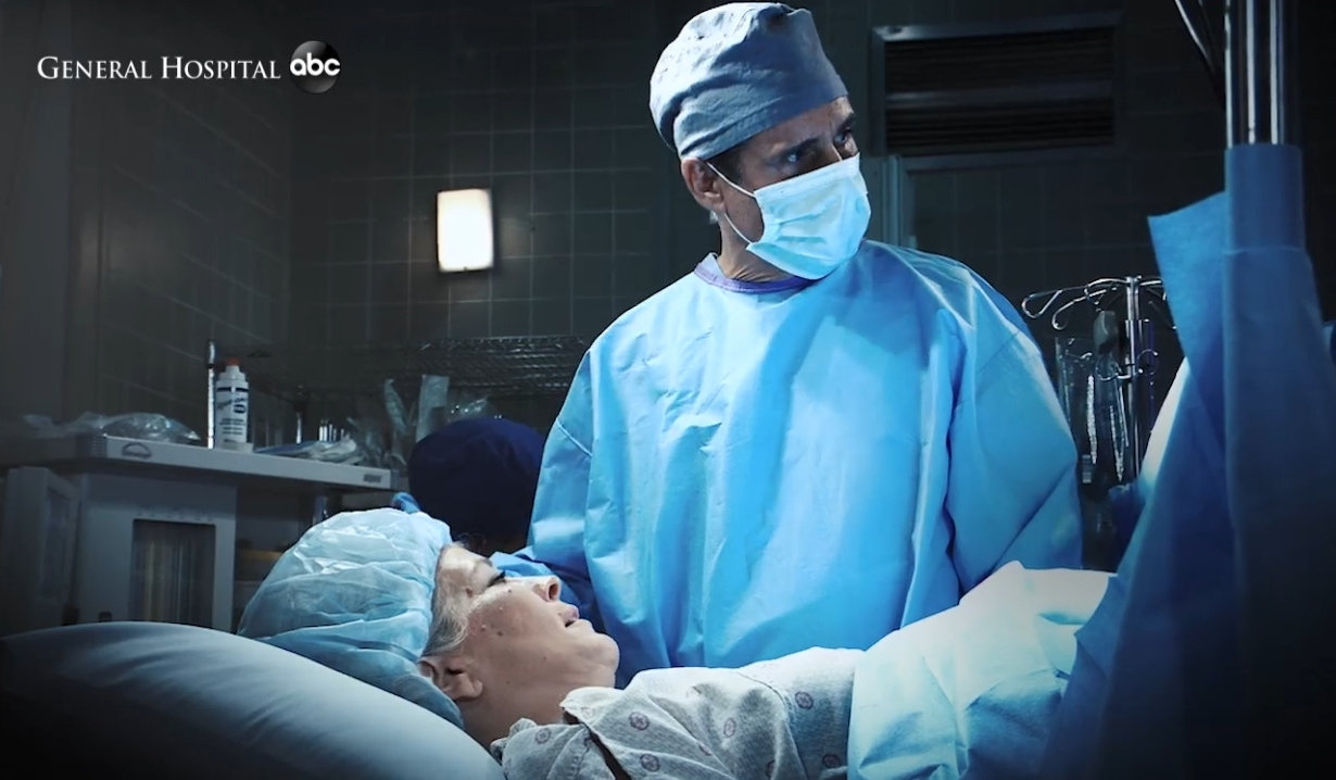 Sonny and Carly in the delivery room General Hospital