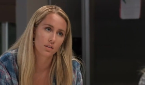 Joss tells Carly her problems General Hospital