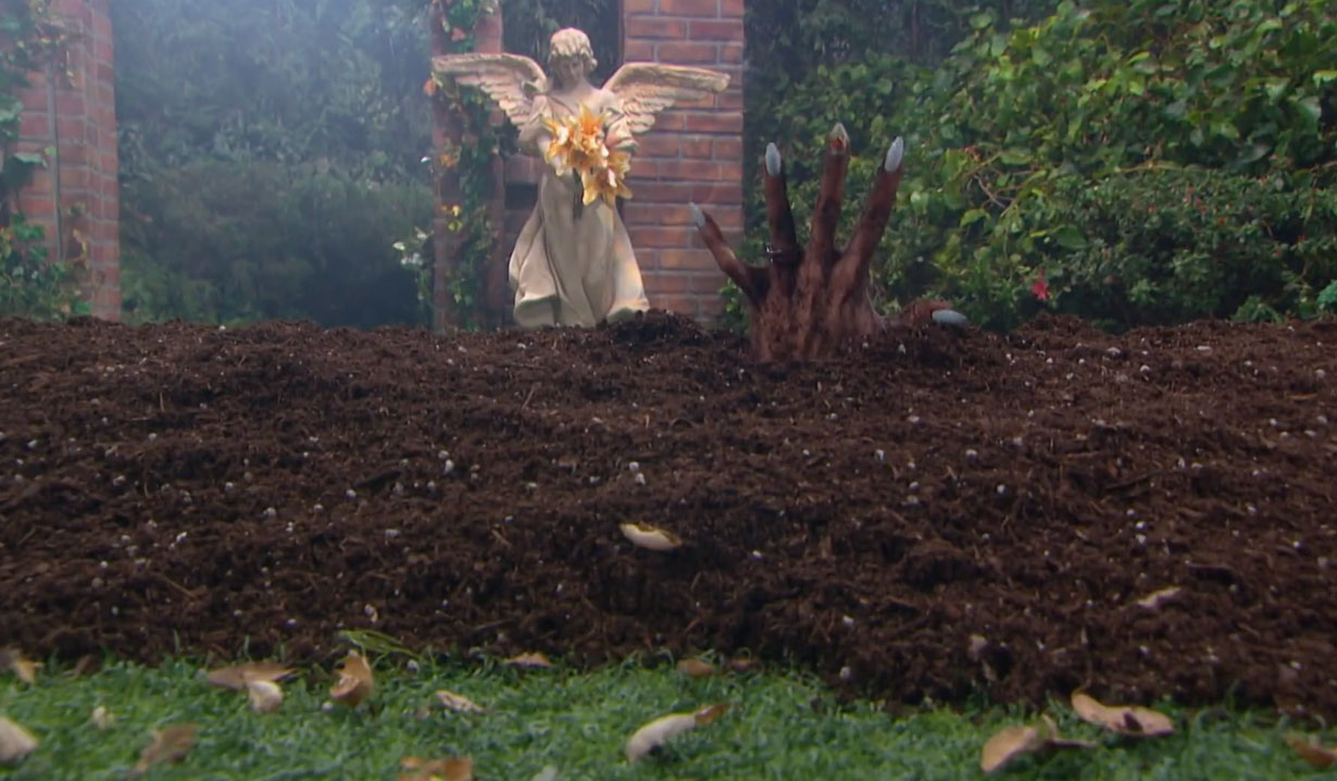 Kate buried alive on Days of our Lives