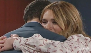 Kyle hugs Summer Young and Restless