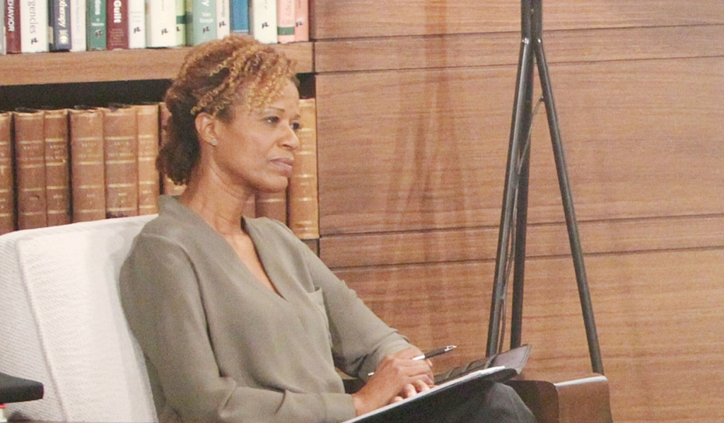 Sandra Thigpen Returns to Y&R As Billy's Therapist