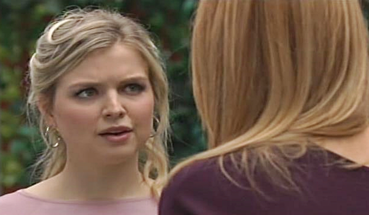 Zoe meets with Phyllis Young and Restless