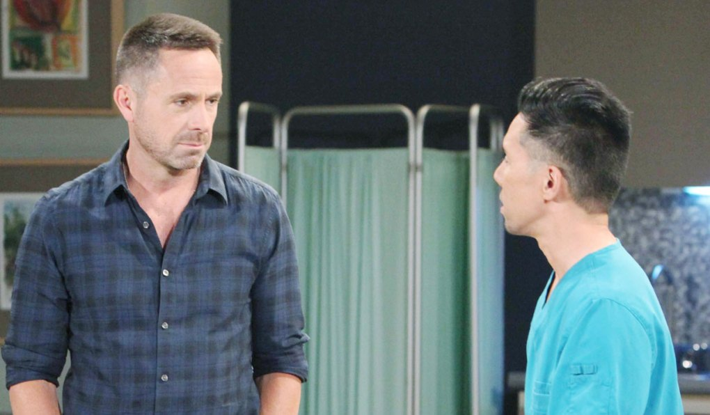 brad wonders what julian will do on general hospital