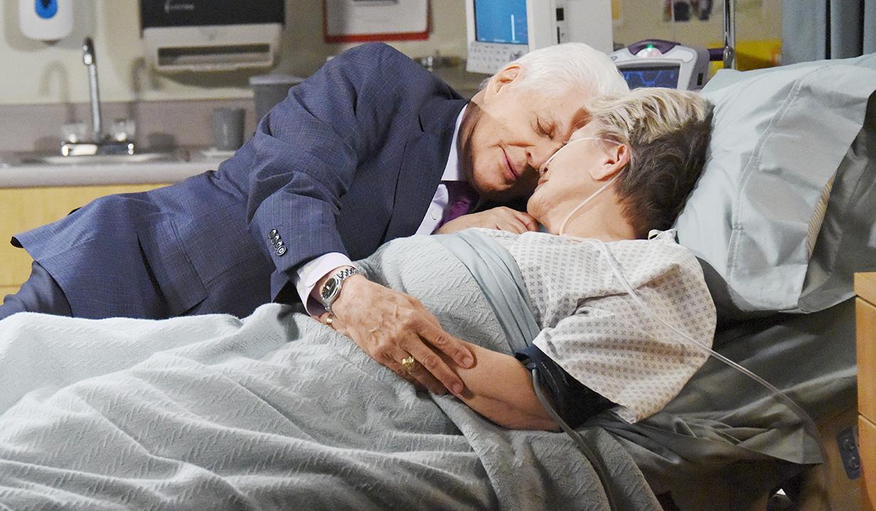 doug julie snuggle hospital bed days of our lives