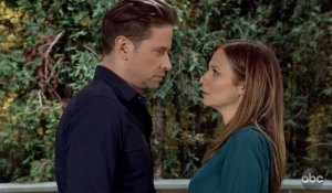 Franco and Kim exchange a longing look on General Hospital