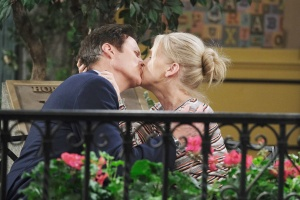 jenn and jack reunite kiss days of our lives