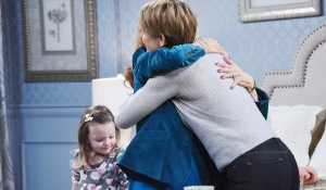 nicole hugs maggie days of our lives