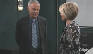 Felicia asks Robert for help General Hospital