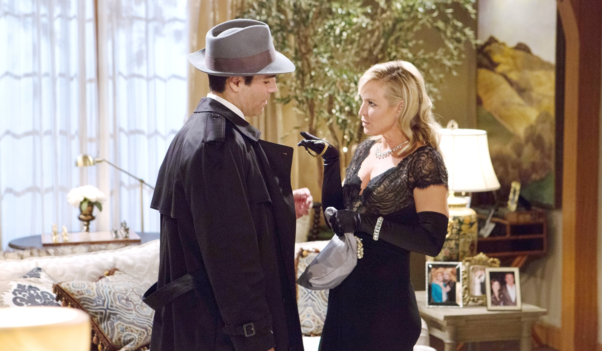 Rey and Sharon dream Halloween Young and Restless