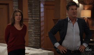 Alexis and Neil are interrupted on General Hospital