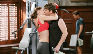 Phyllis and Ronan kiss Young and Restless
