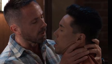 julian chokes brad on general hospital