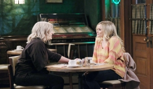 Maxie and Lulu catch up General Hospital