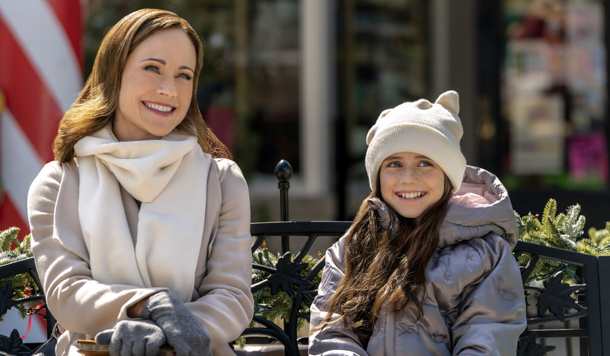 Nikki DeLoach, little girl in Hallmark's Two Turtle Doves
