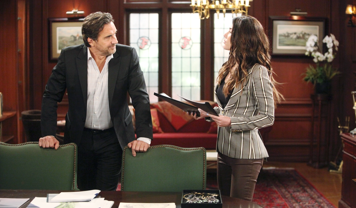 Ridge and Steffy talk in office Bold and Beautiful