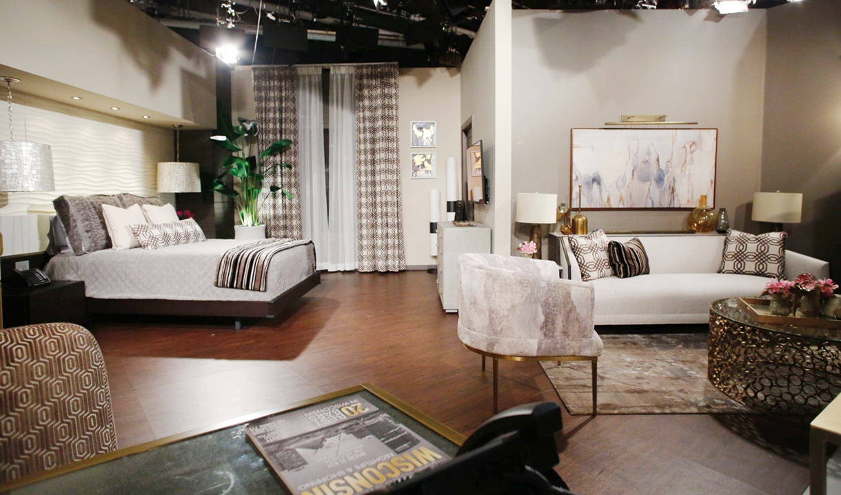 Abby suite entire view Young and Restless