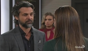 Simon, Abby, Chelsea hostage Young and Restless