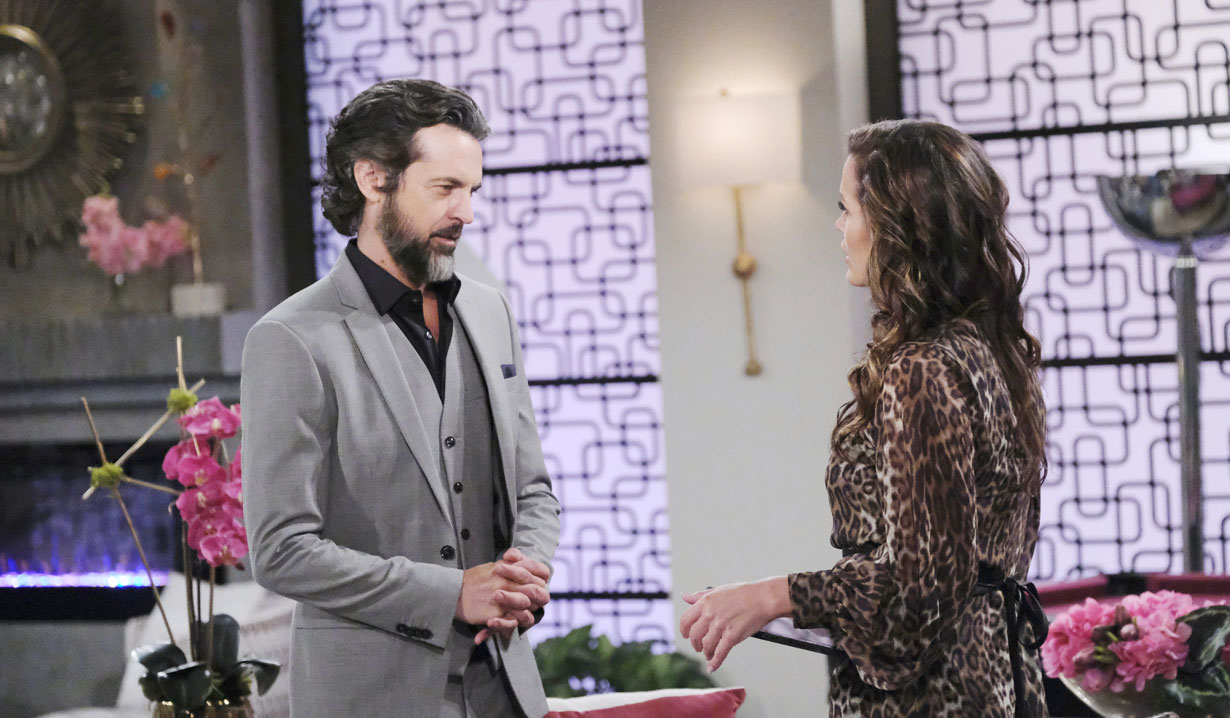 Simon and Chelsea on Young and the Restless
