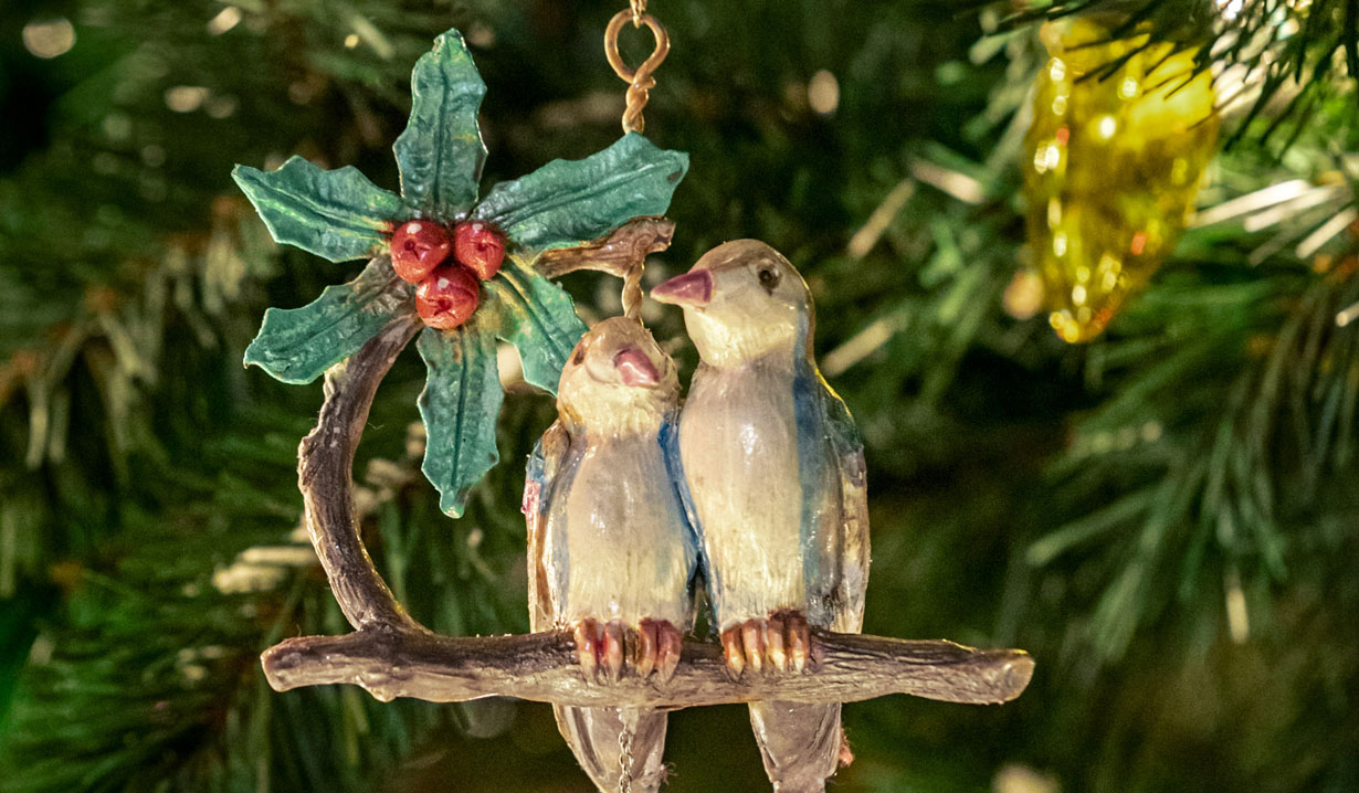 Hallmark's Two Turtle Doves