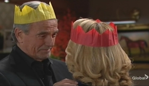 Victor and Nikki canoodle Thanksgiving Young and Restless