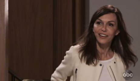 anna returns to general hospital