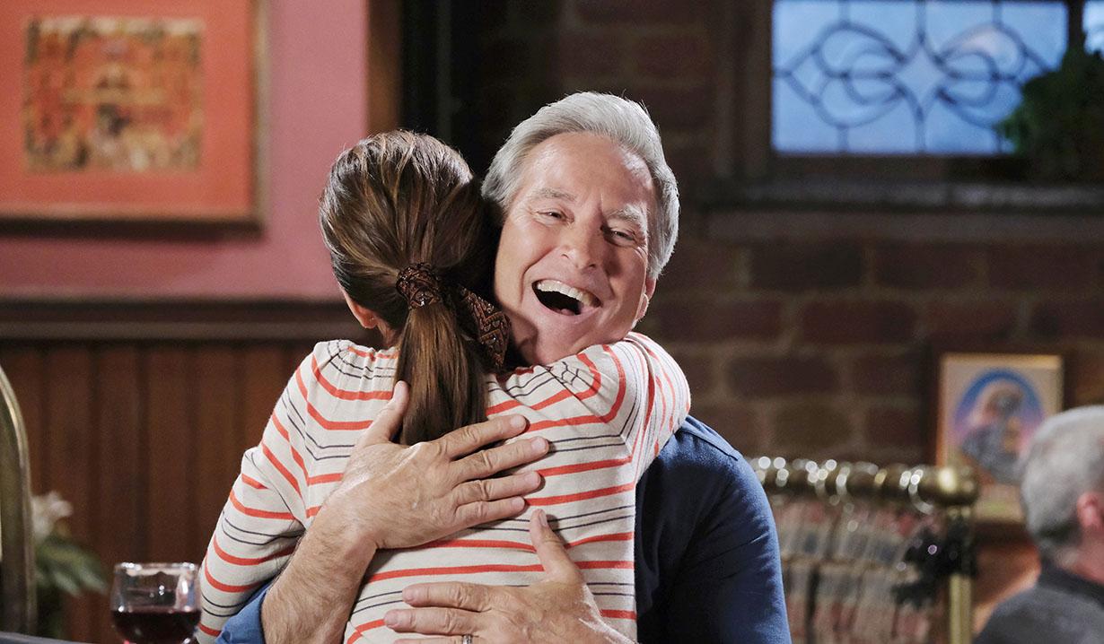 gina hugs john pub days of our lives