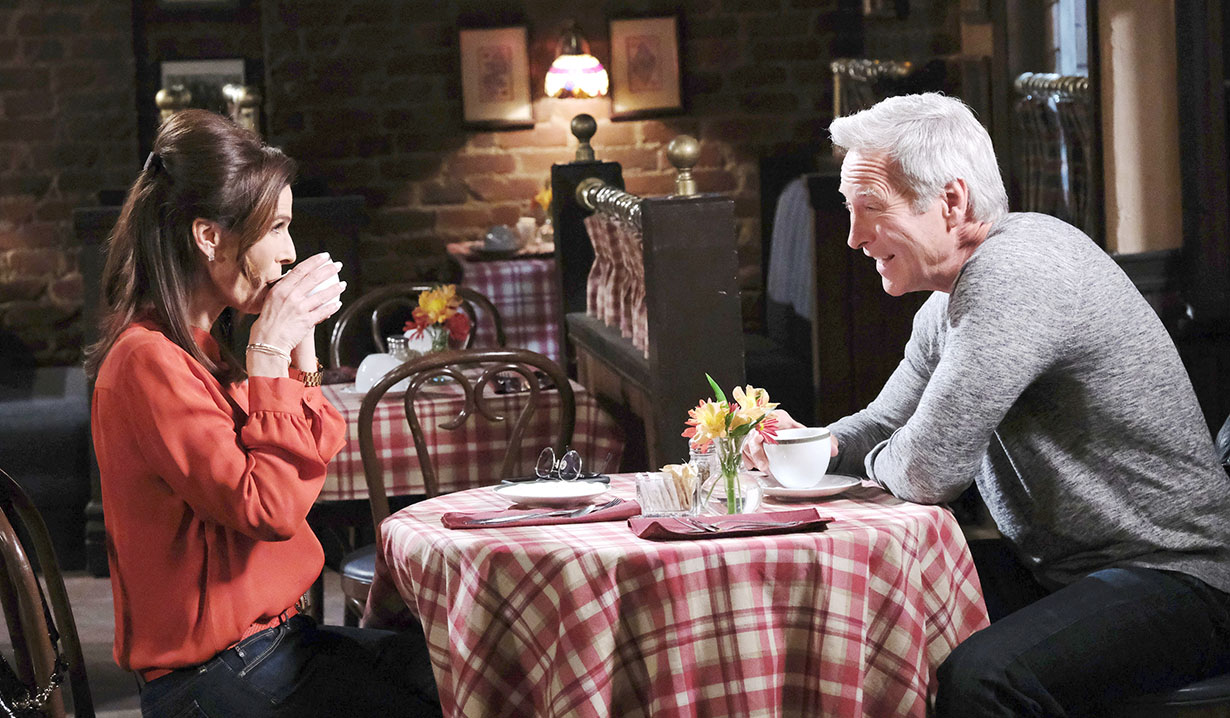 Photos: Princess Gina Makes a Move on John on Days of our Lives