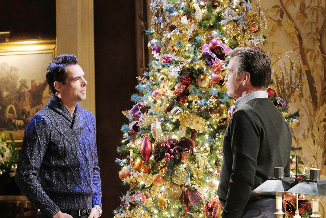 Billy and Jack in front of the tree
