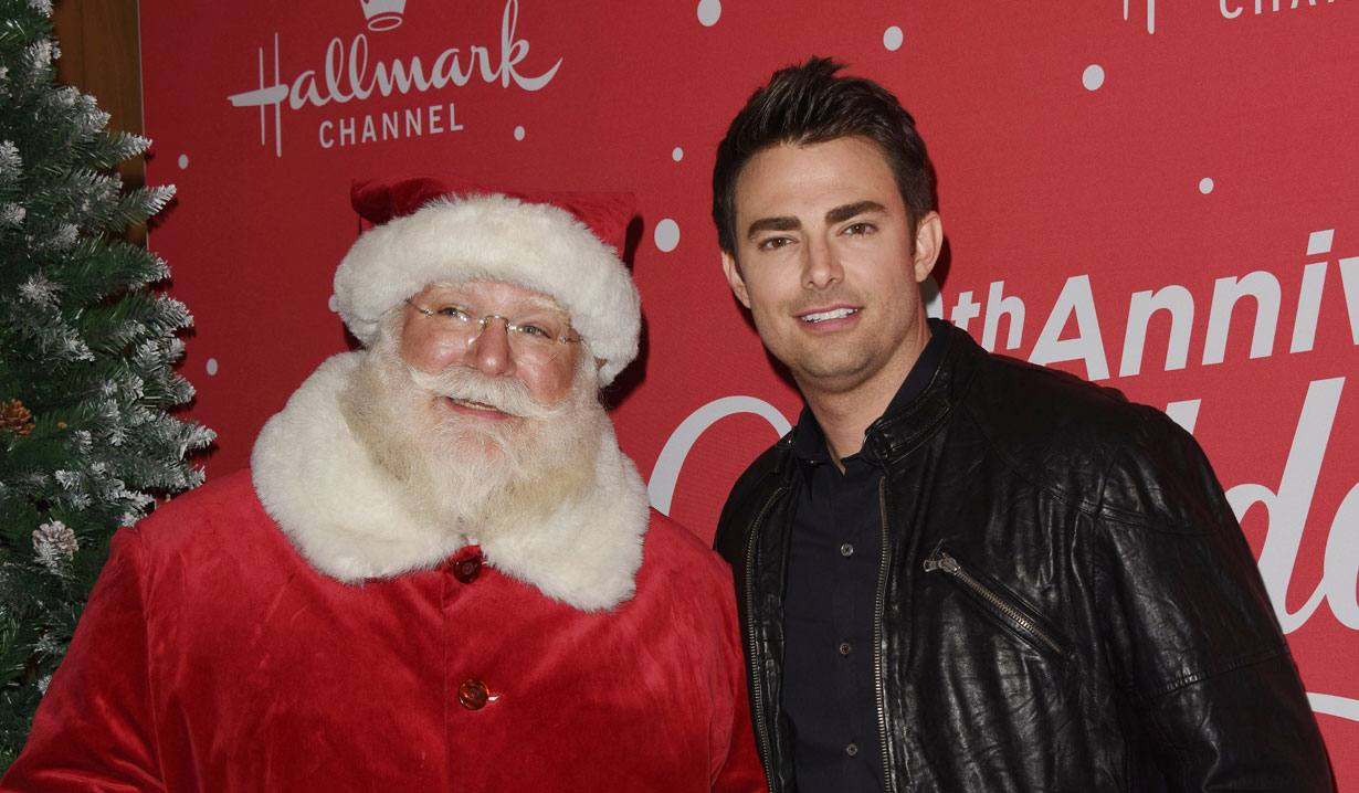 all my children alum jonathan bennett hallmark's countdown to christmas event